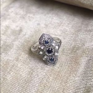 Vintage Victorian style Sapphire pearl silver ring